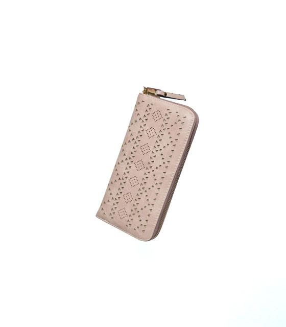 Πορτοφόλι δερματίνη με τρυπητά γεωμετρικά σχέδια Ροζ