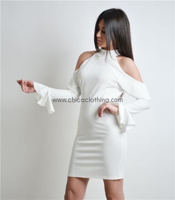 Λευκό φόρεμα βολάν με ανοιχτούς ώμους
