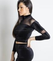 Μαύρη μπλούζα βελούδινη με λεπτομέρεια διαφάνεια