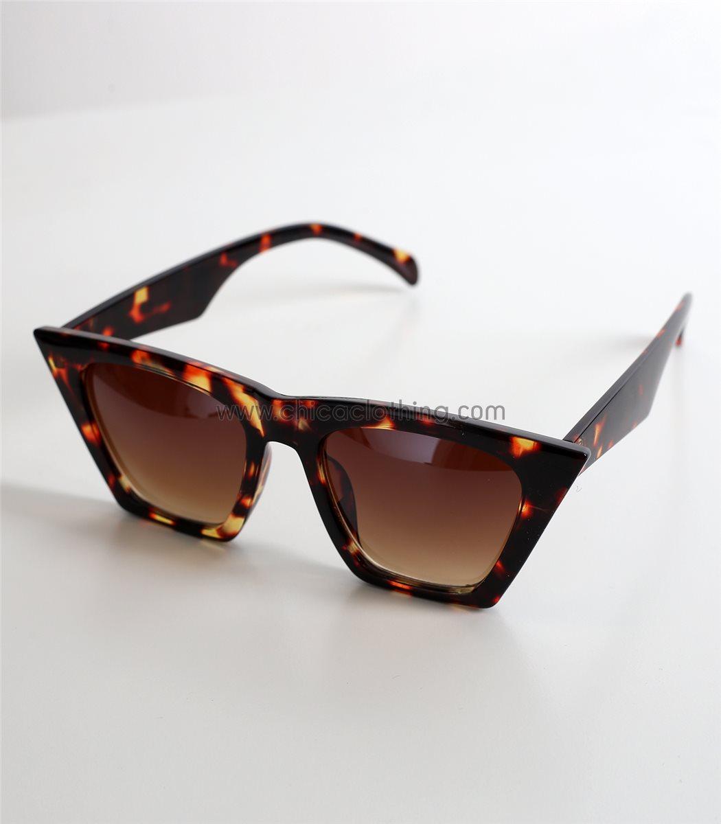 a3bed89609 Γυναικεία καφέ γυαλιά ηλίου μάσκα με ταρταρούγα σκελετό
