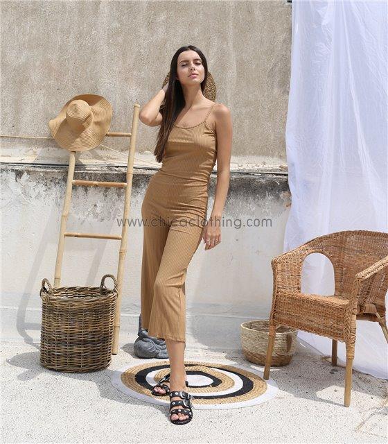 Ολόσωμη φόρμα ριπ τιράντα με σχέδιο στην πλάτη (Κάμελ)