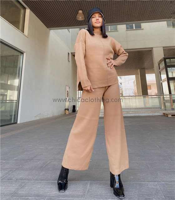 Σετ φαρδύ πλεκτό μπλούζα - παντελόνα (Κάμελ)