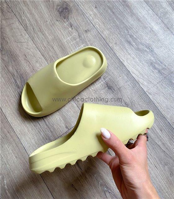 Sliders παντόφλες με τρακτερωτό πάτο (Βεραμάν)