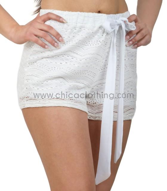 Lace shorts ecru