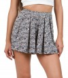 Shorts in black and white pattern