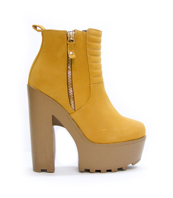 Boots camel with detail zipper