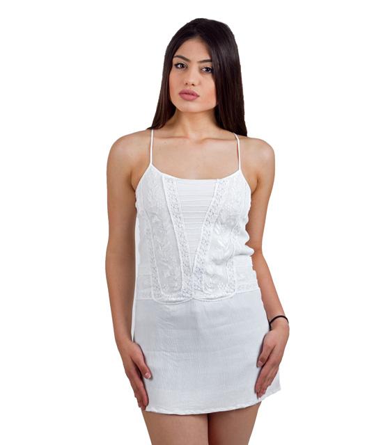 Φόρεμα λευκό με κεντητές λεπτομέριες