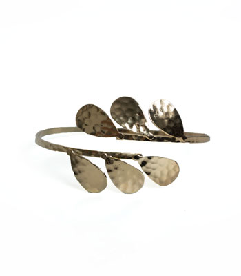 Small leaves cuff bracelet