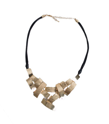 Metallic neckale