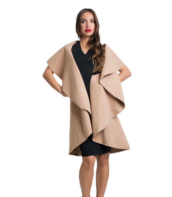 Sleeveless coat (camel)