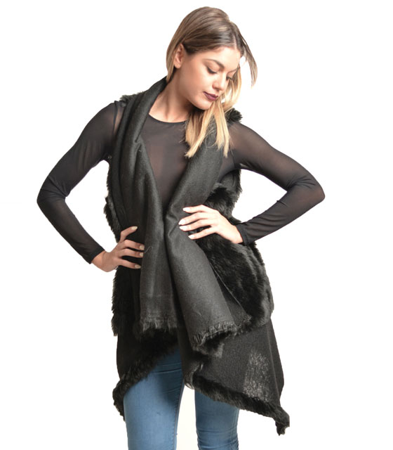 Sleeveless faux fur Black