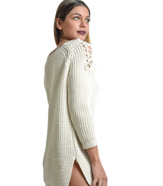 Knitted blouse with cuts on shoulders (White)