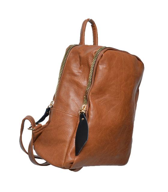 Τσάντα πλάτης με μεγάλο χρυσό φαρμουάρ Κάμελ