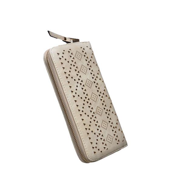 Faux leather wallet Ecru