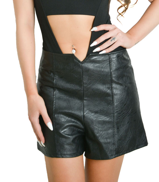 High waisted faux sorts with zipper (Black)