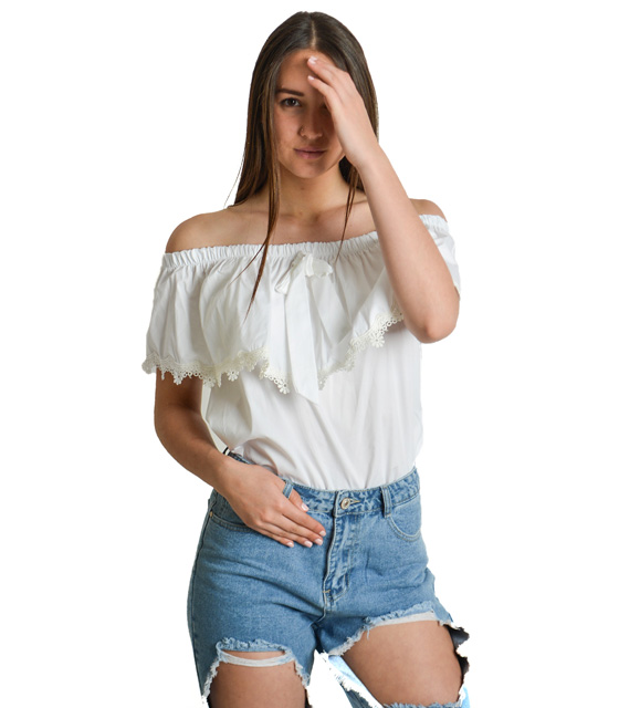 Strapless top with ruffles and lace detail (White)