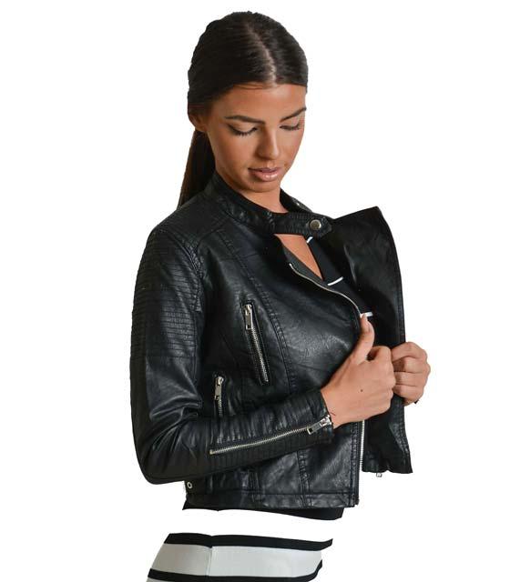 Μαύρο jacket δερματίνη με φερμουάρ στο πλάι και κούμπωμα