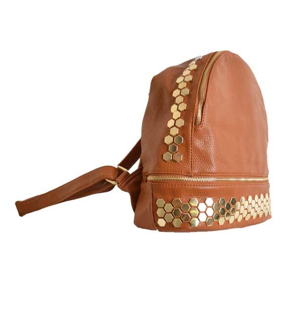 Τσάντα πλάτης με χρυσές λεπτομέρειες (Κάμελ)