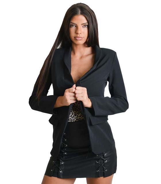 Μαύρο σακάκι με ρελιαστές τσέπες