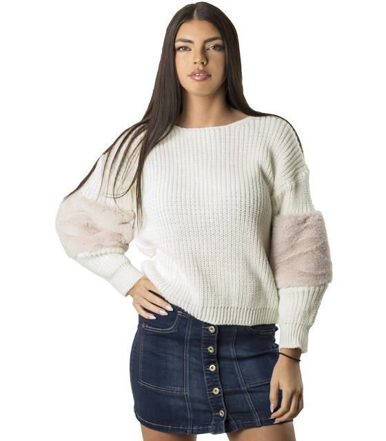 Mπλούζα πλεκτή με γούνινη λεπτομέρεια στο μανίκι (Λευκό)