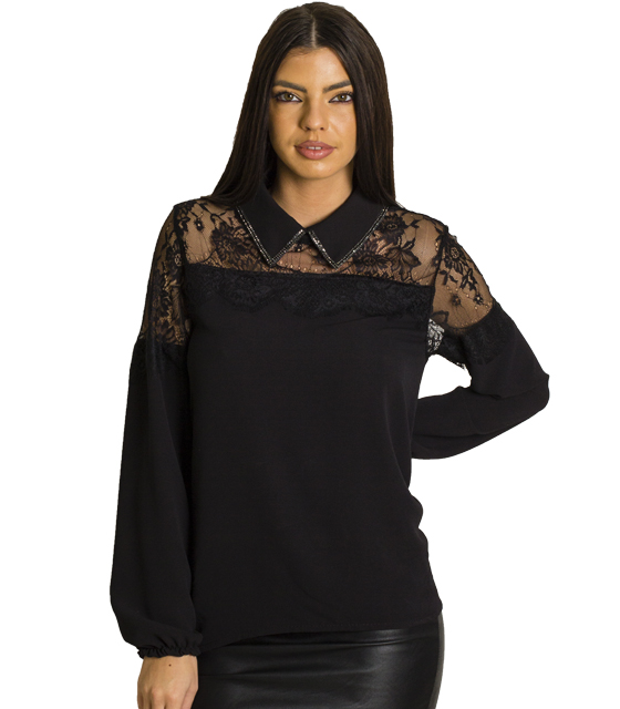 Μαύρη μπλούζα με στρας στο γιακά και δαντέλα