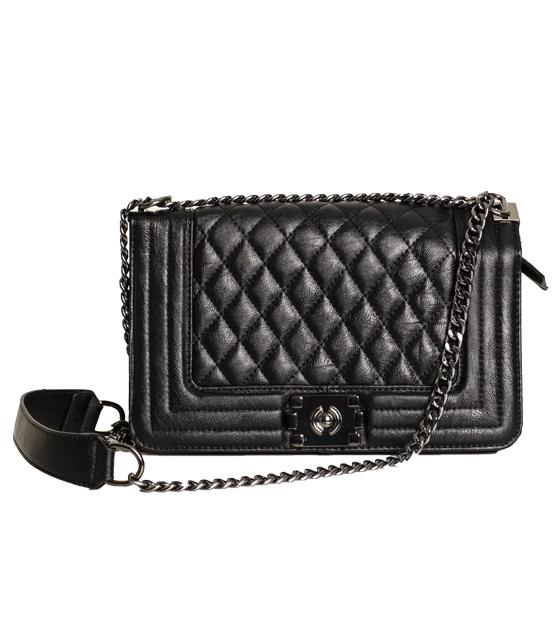 Τσάντα ώμου καπιτονέ με αλυσίδα και κούμπωμα μαγνήτι (Μαύρο)