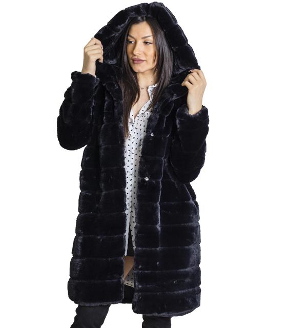 Μαύρη γούνα με κουκούλα και κούμπωμα