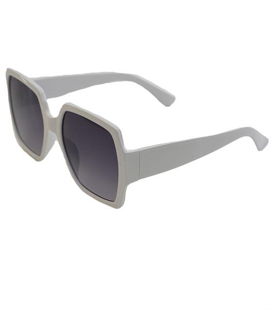 Λευκά γυαλιά ηλίου με μαύρο φακό και κοκκάλινο μεγάλο σκελετό αξεσουάρ   γυαλιά