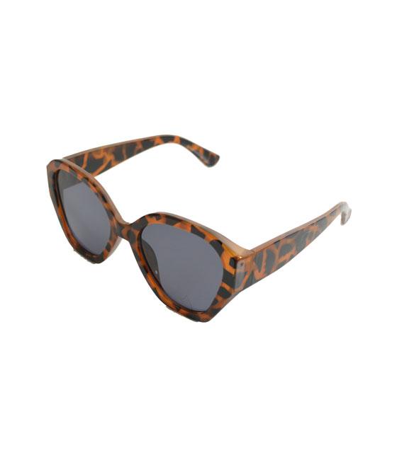 Γυαλιά ηλίου ταρταρούγα κοκκάλινα με μαύρο φακό αξεσουάρ   γυαλιά