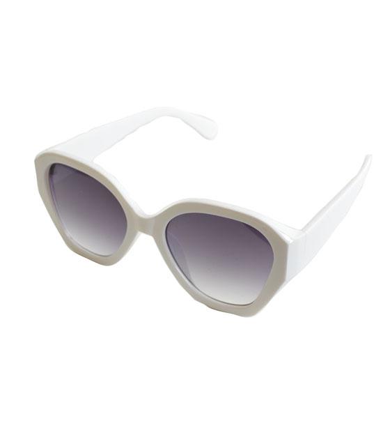 Γυαλιά ηλίου λευκά κοκκάλινα με μαύρο φακό αξεσουάρ   γυαλιά