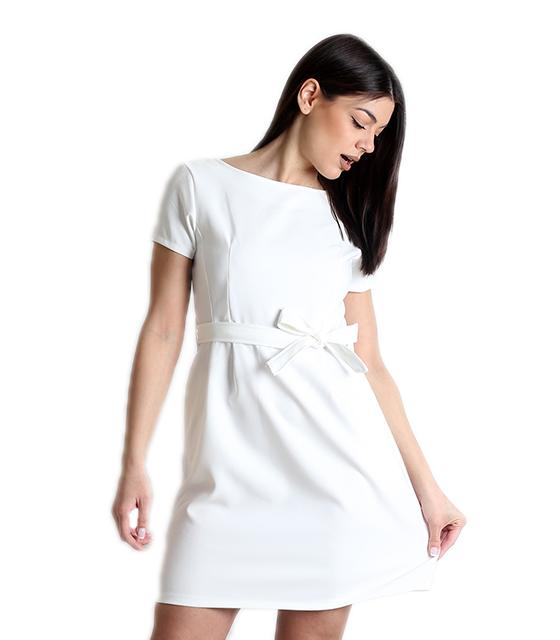 Λευκό φόρεμα με κρυφό φερμουάρ και ζώνη