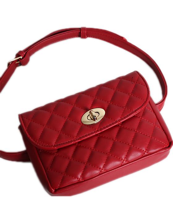 Κόκκινη τσάντα καπιτονέ