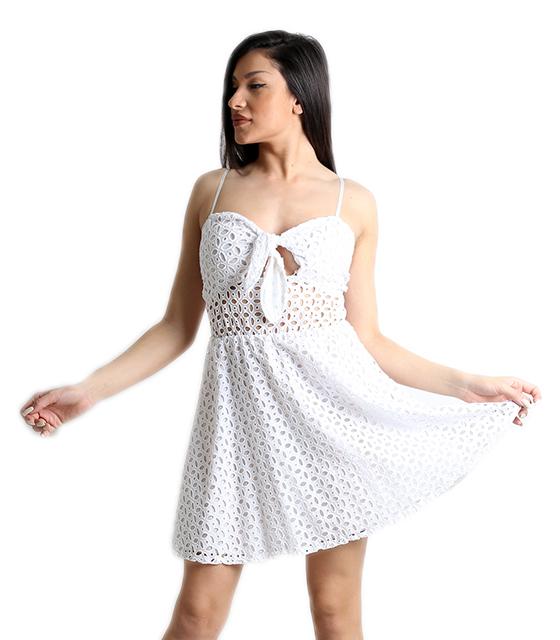 Μίνι λευκό φόρεμα κιπούρ