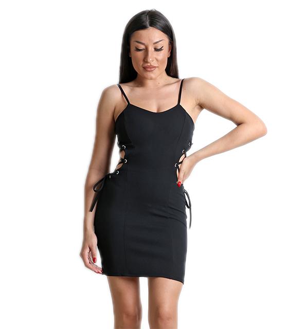 Μαύρο φόρεμα με χιαστή στο πλάι και τιράντες