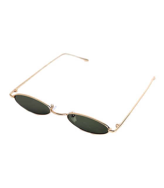 Γατίσια γυαλιά ηλίου με πράσινο φακό και χρυσό σκελετό