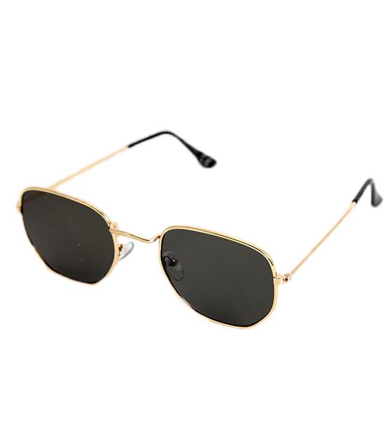 Πράσινα γυαλιά ηλίου με χρυσό σκελετό