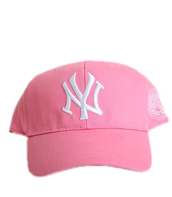 """Ροζ καπέλο jockey με λευκή επιγραφή """"New York"""""""