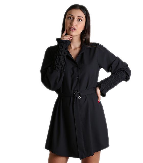 Μαύρο φόρεμα με ζώνη και σουρωτά μανίκια ρούχα   φορέματα