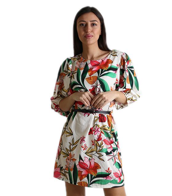Εμπριμέ φόρεμα με ζώνη (Εκρού)