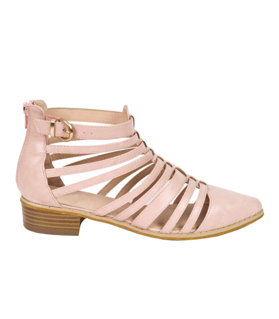 Pink open casual shoes with straps